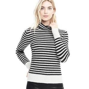 Banana Republic Filpucci Sweater - Size M